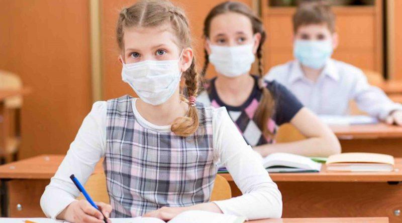 France-le-Conseil-scientifique-pour-le-masque-obligatoire-dans-les-collges-et-les-lyces--800x445_2020-05-18.jpg